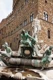 Florence - berömd springbrunn av Neptun på piazzadellaen Signoria, Royaltyfri Foto