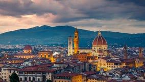 Florence bij nacht stock afbeeldingen