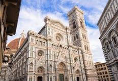 Florence Cathedral (Duomo) - Basiliekdi Santa Maria del Fiore, Campanile van Giotto royalty-vrije stock fotografie