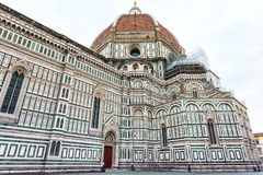 Florence Cathedral sur Piazza del Duomo dans le matin Photographie stock