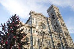 Florence Cathedral y árbol de navidad Foto de archivo