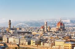 Florence dat in sneeuw wordt behandeld stock afbeelding