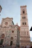Florence - Duomo och torn av Firenze Arkivbild