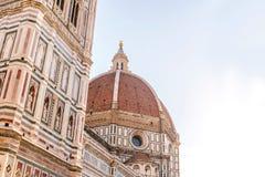 Florence duomo på morgonfotoet som göras med mjukt ljus Arkivbild