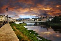 Florence en zonsondergang stock fotografie