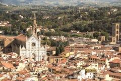 Florence, Italië - September 08, 2017: hoogste mening van de stad van Florence De basiliek Di Santa Croce royalty-vrije stock foto