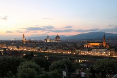 Florence Italien på skymning royaltyfri bild