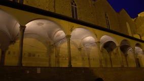 FLORENCE, ITALY - NOVEMBER 2016: Courtyard of Basilica di Santa Croce di Firenze. FLORENCE, ITALY - NOVEMBER 2016: Courtyard of Basilica di Santa Croce di stock video