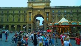 Florence Stadshus och den forntida templet av kejsaren Augustus Arkivfoto