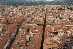 Florence - stadssikt, flyg- sikt av tak, från det Klockor tornet Arkivfoto