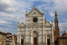 Florencia adornó la fachada de la iglesia antigua llamada Santa Croce Imagen de archivo