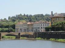 Florencia hermosa, Italia a lo largo de Arno River Imagen de archivo