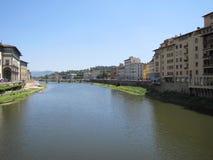 Florencia hermosa, Italia a lo largo de Arno River Imagenes de archivo
