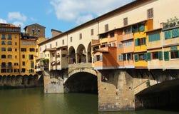 Florencia, puente viejo o Ponte Vecchio en la noche Fotos de archivo libres de regalías