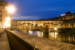 Florencja nocą (stary most) Obrazy Royalty Free