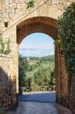 Florentine Gate - Monteriggioni fotografía de archivo
