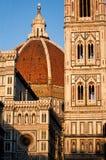 Florenz catheral an der Dämmerung lizenzfreie stockbilder