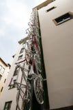 Florenz Fahrräder auf der Wand Stockfoto
