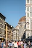 Florenz, Italien - 22. April 2018: Seitenblick auf Cattedrale-Di Santa Maria del Fiore Cathedral der Heiliger Maria der Blume Lizenzfreie Stockbilder