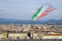Florenz, Italien - März, 28 2018: Airshow von PAN Frecce Tricolori Stockfotos
