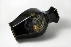Florero chino negro Imágenes de archivo libres de regalías