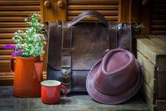 Florero con cuero Fotografía de archivo libre de regalías