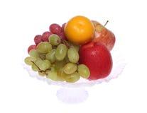 Florero con la fruta Imagen de archivo libre de regalías
