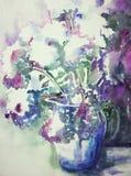 Florero con la impresión de un ramo de la flor Imagen de archivo