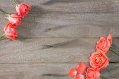 Florero con las flores Fotos de archivo libres de regalías