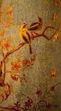 Florero de cáscaras de huevo pintadas fotografía de archivo