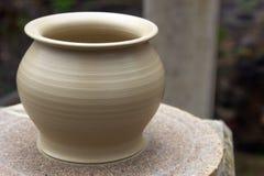 Florero de la cerámica fotografía de archivo libre de regalías