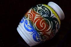 Florero de la cerámica de Sarawak Imagenes de archivo