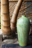 Florero y bambú Fotos de archivo libres de regalías