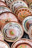 Floreros de cerámica del estampado de flores tradicional fotos de archivo