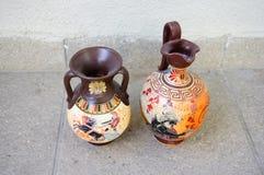 Floreros griegos de cerámica Imagen de archivo libre de regalías