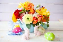 Flores alegres brilhantes da mola fotos de stock