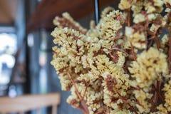 Flores amarelas artificiais Imagens de Stock Royalty Free