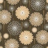 Flores amarillentas y blancas en fondo marrón Fotografía de archivo libre de regalías