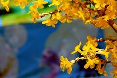 Flores artificiais. Fotos de Stock