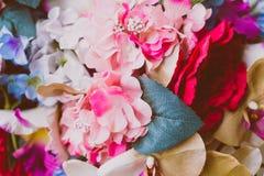 Flores artificiais bonitas Tons da cor pastel do vintage Foto de Stock