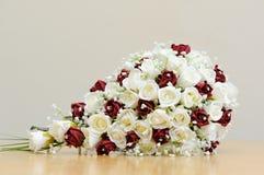 Flores artificiais das noivas Foto de Stock