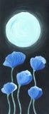 Flores azules en el claro de luna