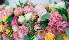 Flores bonitas do casamento Decoração do evento Imagens de Stock