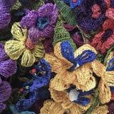 Flores coloridas del trabajo de la aguja Imágenes de archivo libres de regalías