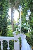 Flores con las velas Foto de archivo libre de regalías