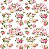 Flores, copo de chá, bolos, bolinhos de amêndoa, potenciômetro watercolor Fundo sem emenda Imagem de Stock Royalty Free