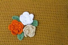 Flores Crocheted fotografía de archivo libre de regalías
