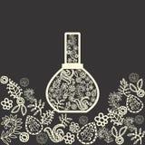 Flores da fragrância em uma garrafa de perfume Foto de Stock