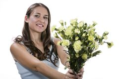 Flores da terra arrendada da mulher Fotos de Stock Royalty Free
