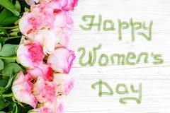 Flores das rosas Vista superior cumprimento Conceito o 8 de março, dia feliz do ` s das mulheres Fotos de Stock